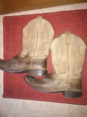 Ariat boots for Sale in Santa Fe, TX