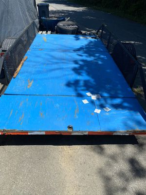 17 foot trailer with spare tire. Cash only. for Sale in Holliston, MA