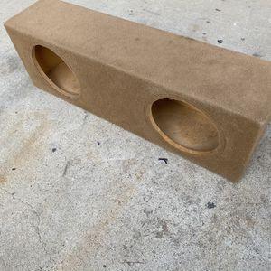 ($70) MDF Custom 2 12s Sub Box / 3rd Row SUV for Sale in Sanger, CA