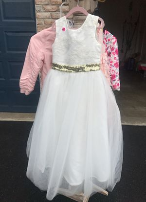 Flower girl dress size 7 for Sale in Mount Airy, MD