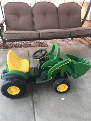 John Deer Electric Tractor for Toddlers for Sale in San Diego, CA