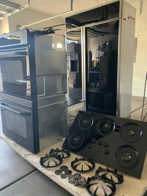 Kitchen appliances. All GE products, GE Double Oven, GE built in side by side Refrigerator, GE stove top, Microwave for Sale in Las Vegas, NV