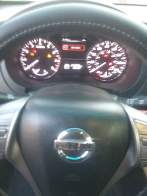 2013 Nissan altima 4 silindros miyas for Sale in Parlier, CA