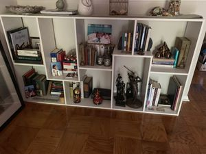 Great functional bookshelf! MAKE OFFER must go for Sale in Bryn Mawr, PA