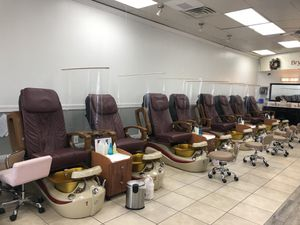 Spa pedicure chairs for Sale in Jacksonville, NC