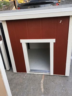 Xtra big dog house for Sale in Los Angeles, CA