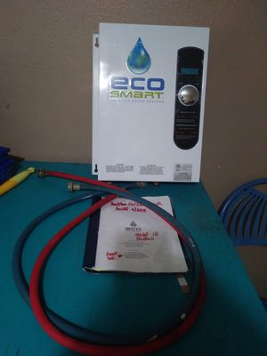 Hot water heater TANKLESS for Sale in Houston, TX
