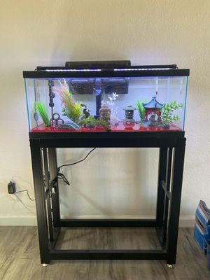 Fish tank/30gl/ everything you need for Sale in Upland, CA