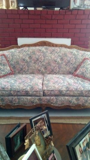Sofa for Sale in Sanger, CA