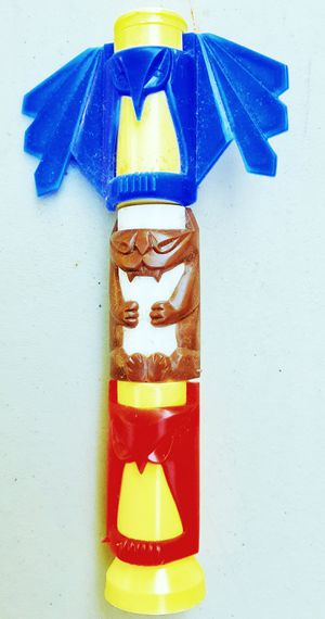 St. LABRE INDIAN SCHOOL plastic native American totem pole MIB in original box ! for Sale in Saginaw, MI