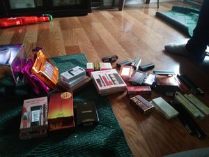 Highend makeup for Sale in Philadelphia, PA