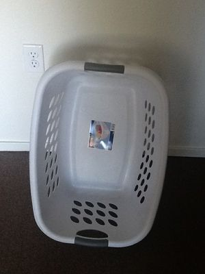 Laundry basket for Sale in Traverse City, MI
