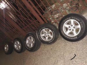 Jeep wrangler wheels and tires for Sale in The Bronx, NY
