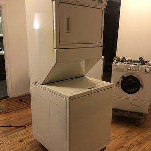 Kenmore model 110.88732796 Stackable Washer And Dryer for Sale in New York, NY