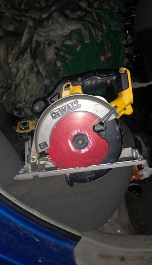 Dewalt 20 volt circular saw for Sale in Portland, OR