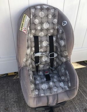 Car seat carseat kid baby base for Sale in Edgewater Park, NJ