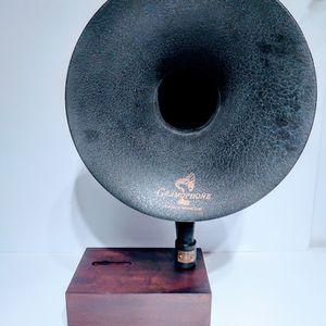 iPhone Gramaphone Amplifier Loud Speaker for Sale in Kirkland, WA