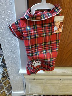 Dog Outfit For Christmas for Sale in Lorena,  TX