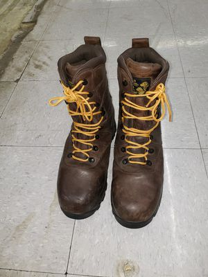 boots ready golden restriever for work in very good condition.size 10 for Sale in Snohomish, WA