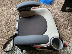 Graco Affix Backless booster Car seat for Sale in Redmond, WA