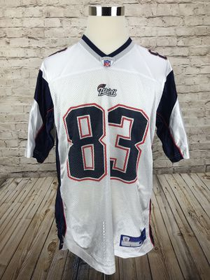 New England Patriots Wes Welker #83 Men's Large White Away Jersey for Sale in Lorton, VA