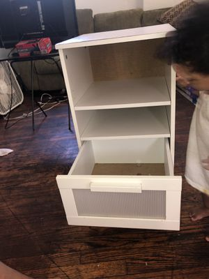 White small shelf for Sale in Detroit, MI