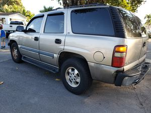 2002 Chevy Tahoe Sport utility for Sale in Miami, FL