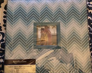 Brand New Recollections Scrapbook 12 X 12 for Sale in Albuquerque, NM