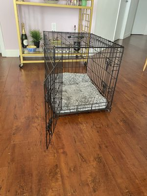 Dog crate/ cage for Sale in Miami, FL