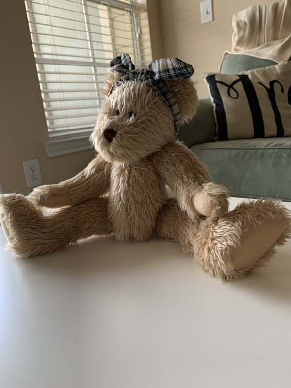 Cute stuffed bear / collectible vintage great condition