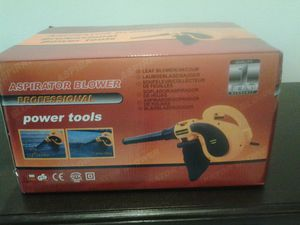Professional leaf blower and vacuum cleaner dryer motorcycle car driveway lawn yard grass electric plugin new in the box for Sale in Coconut Creek, FL