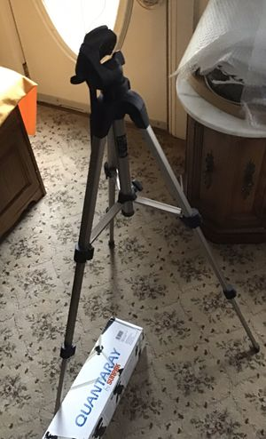 Sunpak Quantaray Camera Tripod QSX 2001 Max 49.9 Multi-Function tripod for still, digital, and video cameras; Attach up to 4.4 lbs, weighs only 2.6 for Sale in Bristol, PA