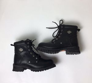 Women's Harley Davidson Leather Moto Boots Size 7 for Sale in Cleveland, OH