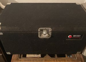 Used Odyssey CLP200P Carpeted Pro Record Case. Fits 200 LPs for Sale in Los Angeles, CA