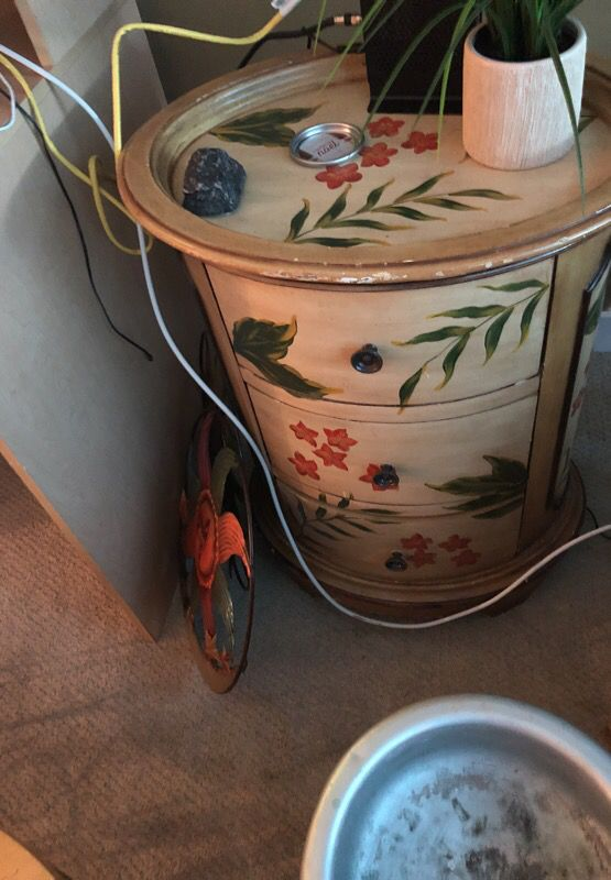 Round flowered Table w drawers