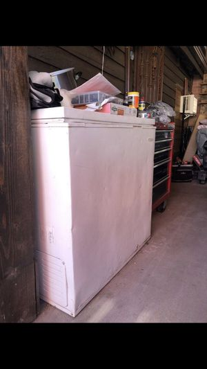Freezer for Sale in Montebello, CA