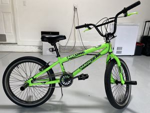 bike for boys 6-10 years old rim 20 for Sale in Southwest Ranches, FL