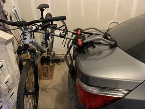 Yakima 3 bike rack. for Sale in Lorton, VA