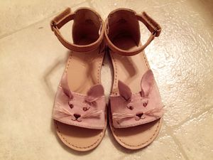 Old navy toddler shoes size 7 for Sale in Alexandria, VA