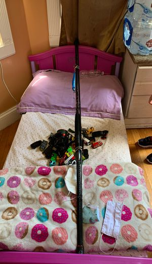 Fishing rod and reel for Sale in Chelsea, MA