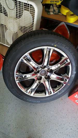 Bridgestone Tire with Lexus Rim only one for Sale in Chicago, IL