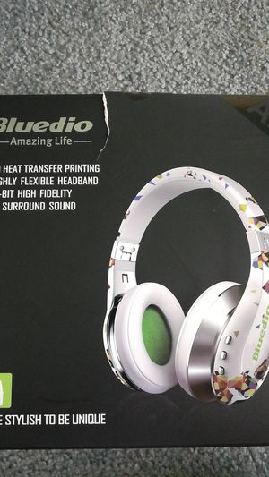 Bluetooth headphones for Sale in Middletown, NJ