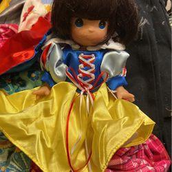 Precious Moments Snow White for Sale in San Bernardino,  CA