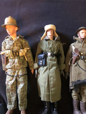 Gi Joe military 6 figure toy collection colector US military guns great condition diver football player for Sale in Las Vegas, NV