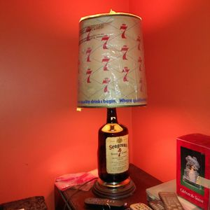 Seagram 7 Lamp With Shade for Sale in Niagara Falls, NY