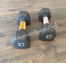 Pair Of 10 Lb Dumbbell Weights (gym and exercise Equipment Fitness ) for Sale in Fontana,  CA