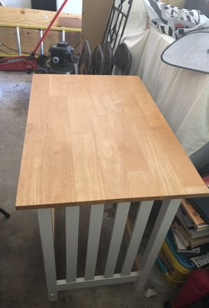 Small table with two stools $40 for Sale in SIENNA PLANT, TX
