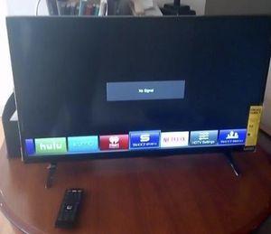 """Used 32"""" Vizio Smart TV with Remote for Sale in Alexandria, VA"""