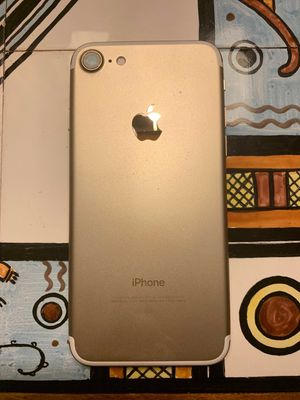 iPhone 7 unlocked 128gb for Sale in Bellevue, WA