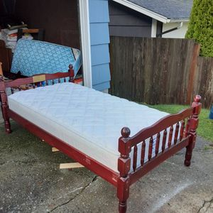 TWIN SIZE SEALY MATTRESS & WOOD BED FRAME Delivery Is Avail for Sale in Lynnwood, WA